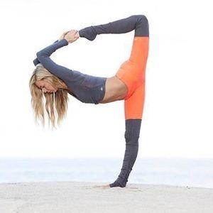 ALO Yoga Goddess Legging (Starburst/Gray)